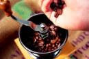 """El elegido de hoy: """"Moliendo cafe"""" Hugo Blanco"""
