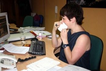 España: El entorno laboral propicia un tercio de los contagios de gripe