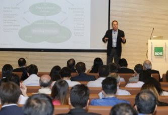 Chile: Experto internacional realiza seminario a empresas afiliadas